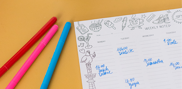 omy graphic weekly deskpads