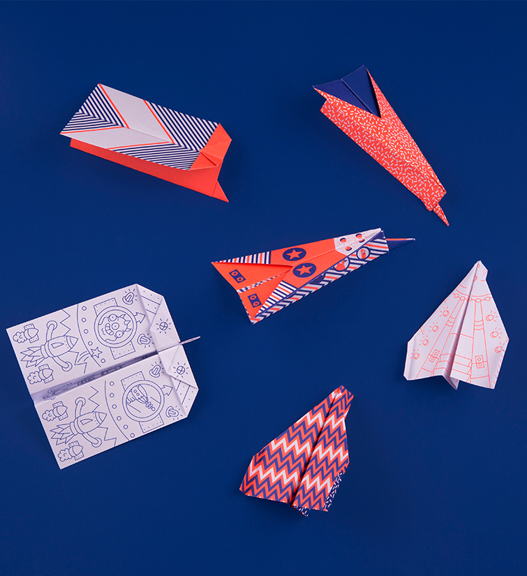 PAPER AIRPLANES TO COLOR